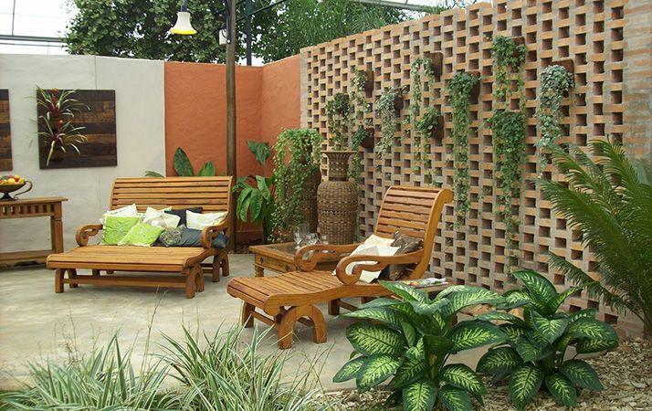 confira as esp cies de plantas para sol pleno que encantar o o seu jardim vertical dicas dona. Black Bedroom Furniture Sets. Home Design Ideas
